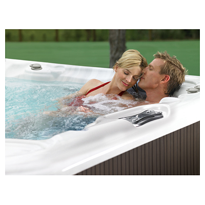 Make your hot tub part of Valentine's Day