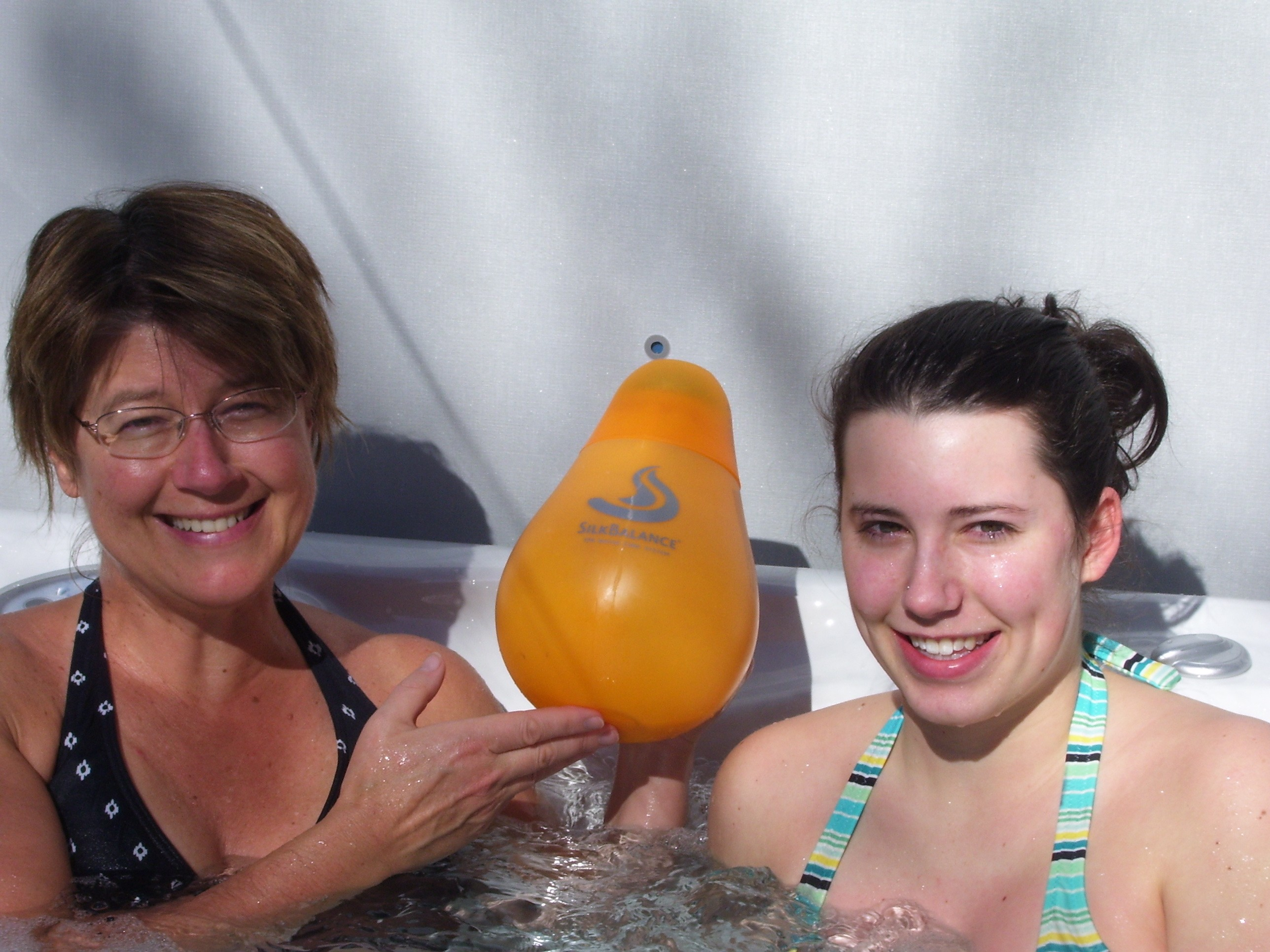 Enjoy Your Hot Tub without Itchiness and Rash!