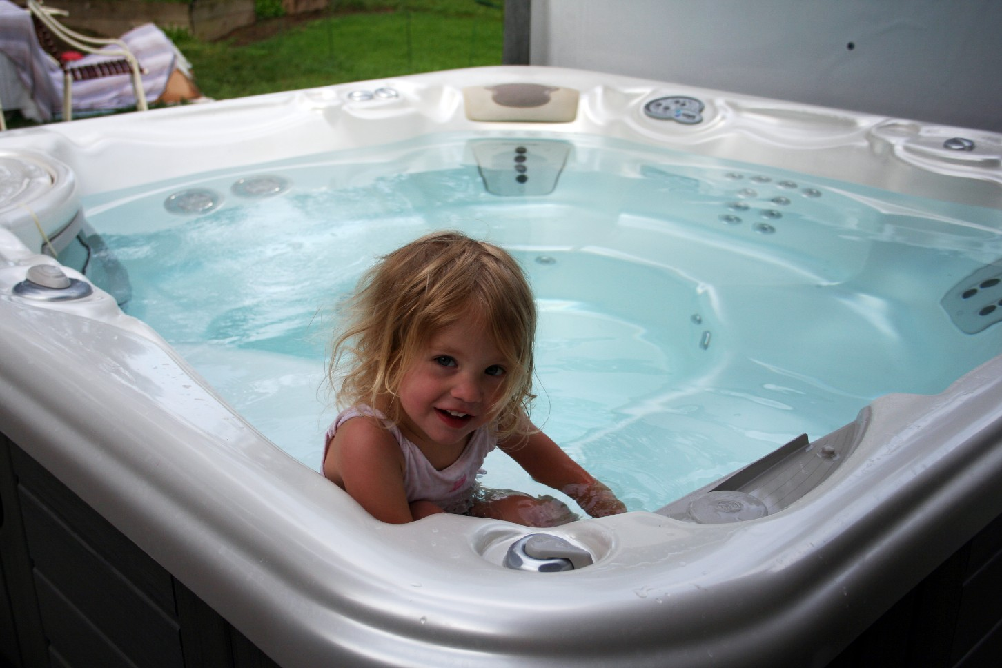 Hot Tub Shopping? 8 Important Reasons to Take A Test Soak Before You Buy