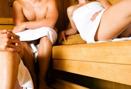 What to Wear in The Sauna: Advice for Public & Private Saunas