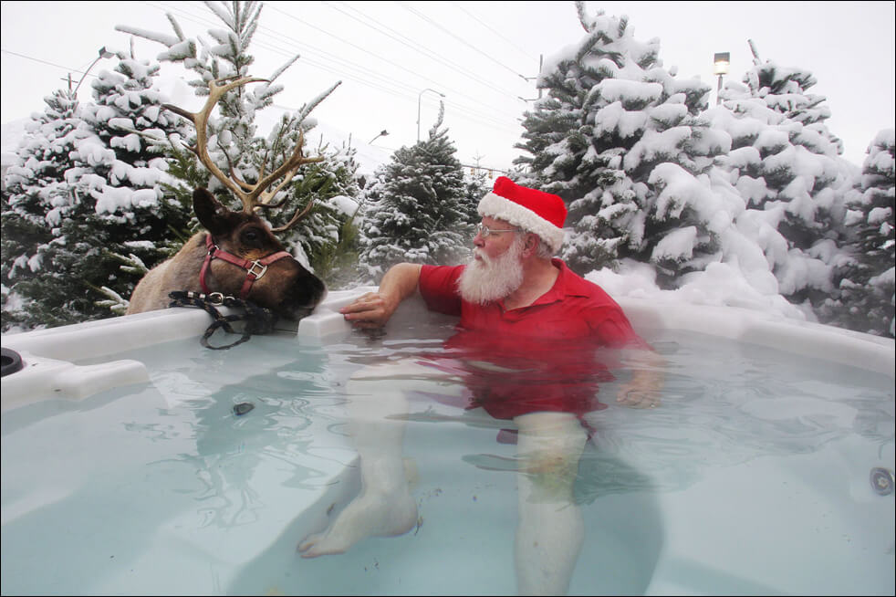 How To Get Your Hot Tub Ready for The Holidays