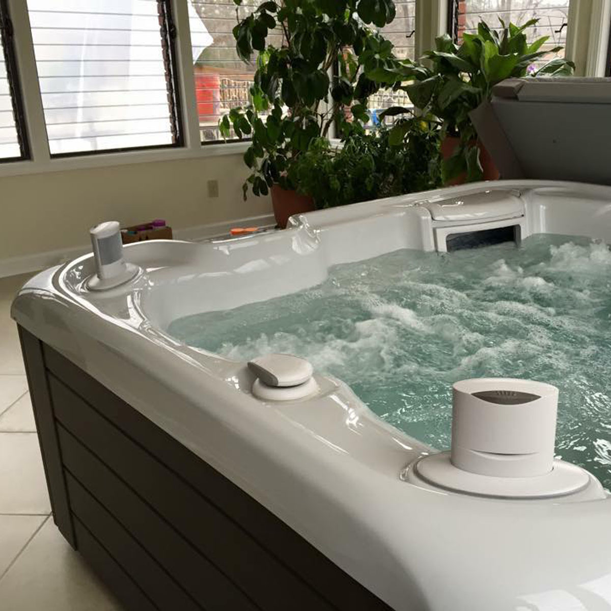 Apartment Condo Dwellers 5 Way To Relax Big When You Live Small Olympic Hot Tub