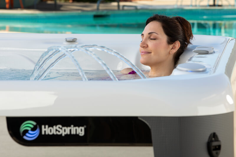 The Many Health Benefits of Soaking in a Hot Tub